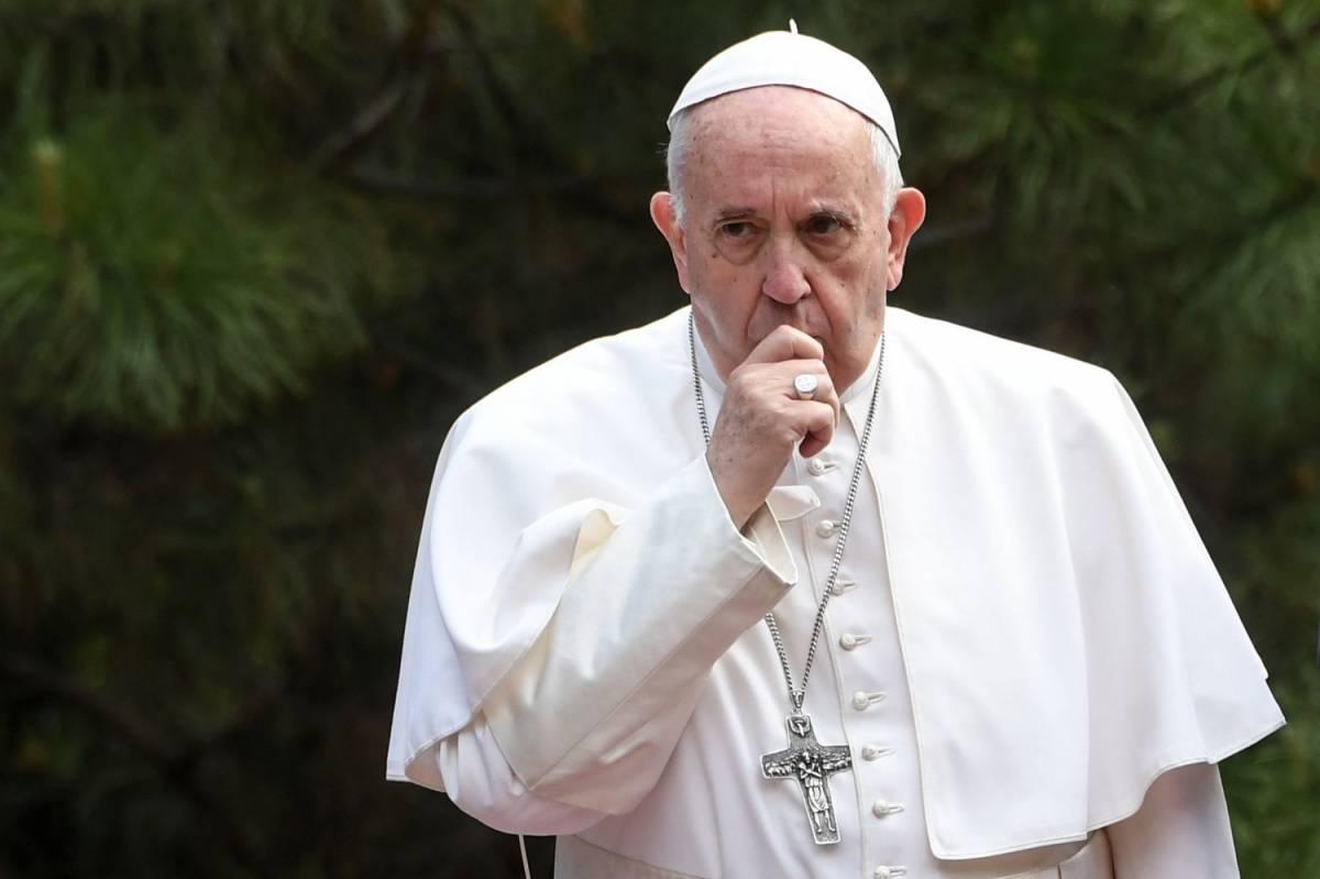 """Il Papa: """"Mai ricevuto richieste udienza da Salvini"""". E lui: """"Sarei onorato di incontrarlo"""""""