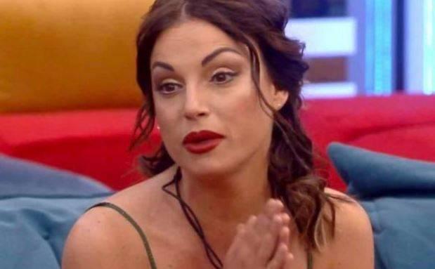 """Gf, l'amica di Mila durissima contro la De André: """"Ha detto che ruba"""""""