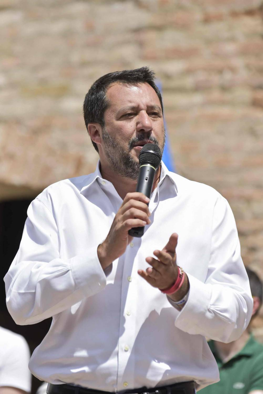 """Allarme sicurezza, la richiesta a Salvini: """"Mandi più mezzi e uomini"""""""
