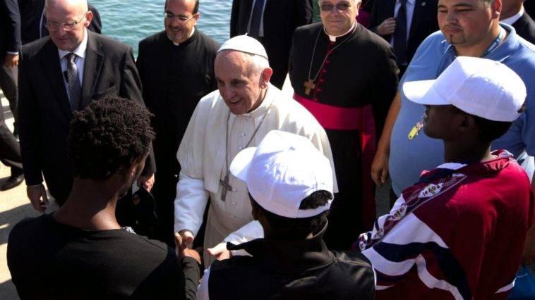 Papa Bergoglio e la grande fuga dall'8 per mille