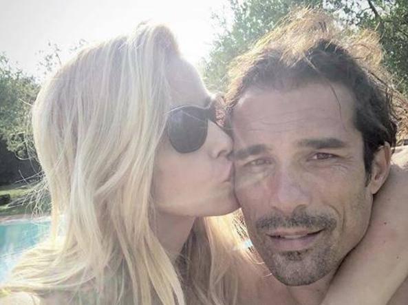 """Elena Santarelli ammette: """"Con Bernardo ci siamo allontanati per qualche settimana dopo la scoperta del tumore"""""""