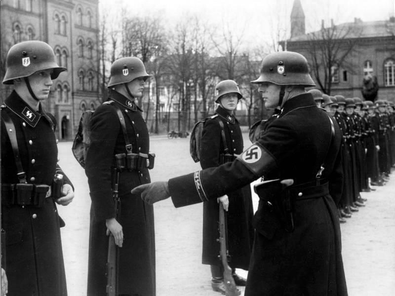 """Germania, ex membri delle Ss impegnati a fare """"proselitismo filonazista"""""""