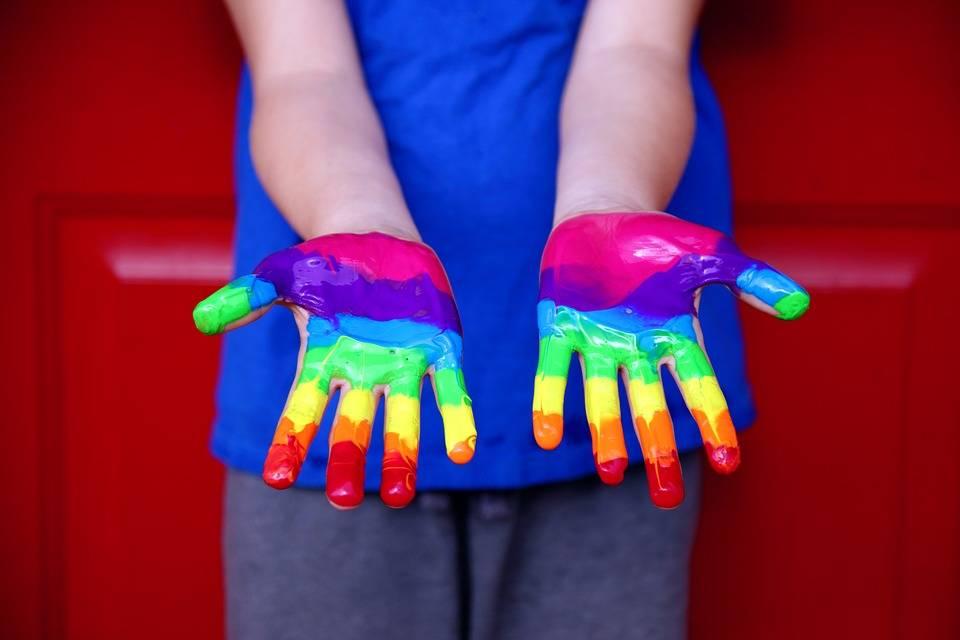 """Tutti i perché del """"no"""" alla legge Zan contro l'omofobia"""
