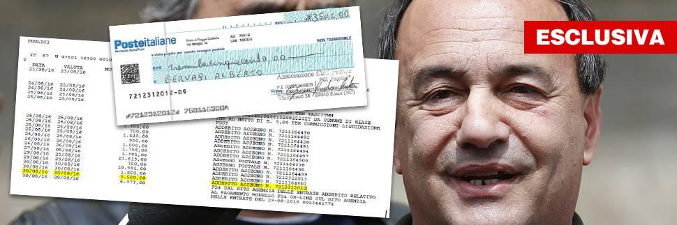 """La """"banca"""" Lucano di Riace. Prestiti coi soldi per i migranti"""