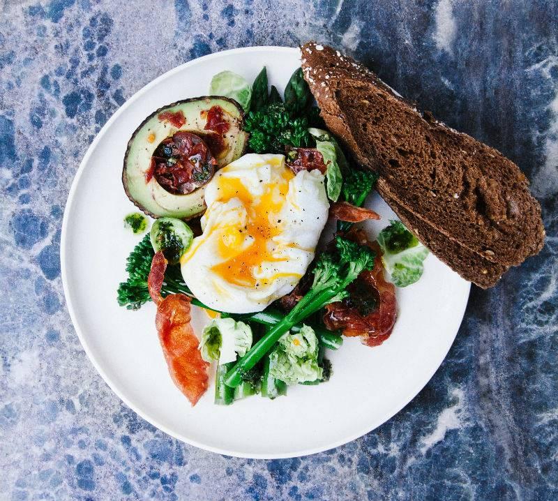 Colazione salata e perdita di peso: i consigli