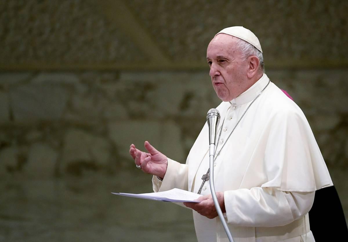 """Papa Francesco: """"Xenofobia malattia come il morbillo"""""""