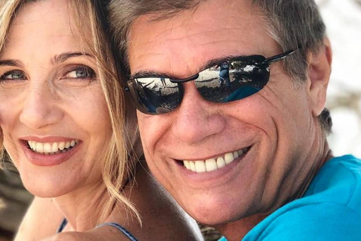 """Lorella Cuccarini fa una dedica d'amore al marito: """"Dopo 28 anni, questo è il primo 3 agosto che trascorriamo separati"""""""