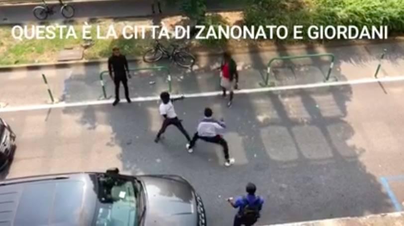 """Padova, rissa tra migranti: """"Ecco i risultati dell'accoglienza buonista"""""""