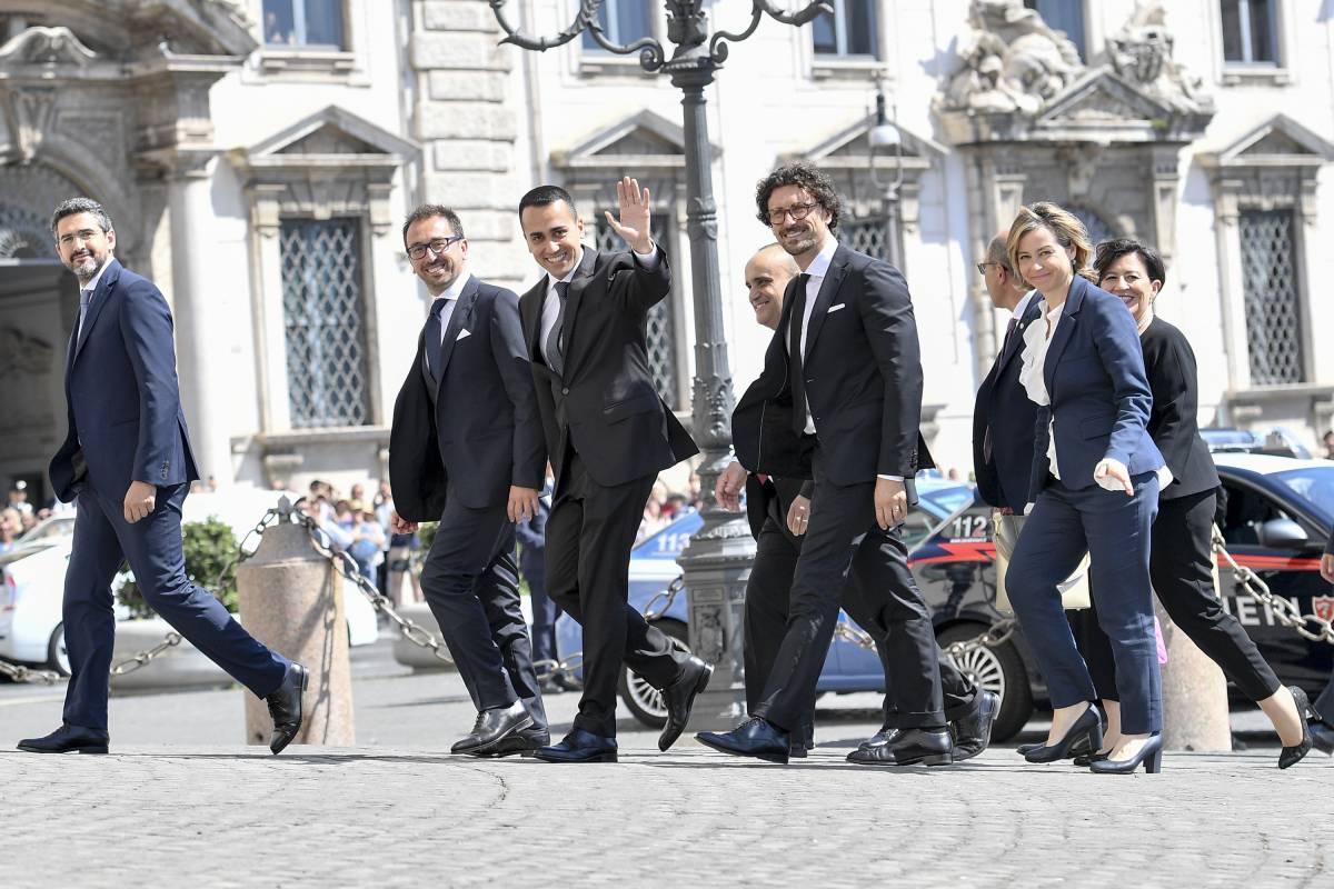 Rissa sul ponte ai Benetton I grillini in crisi di nervi