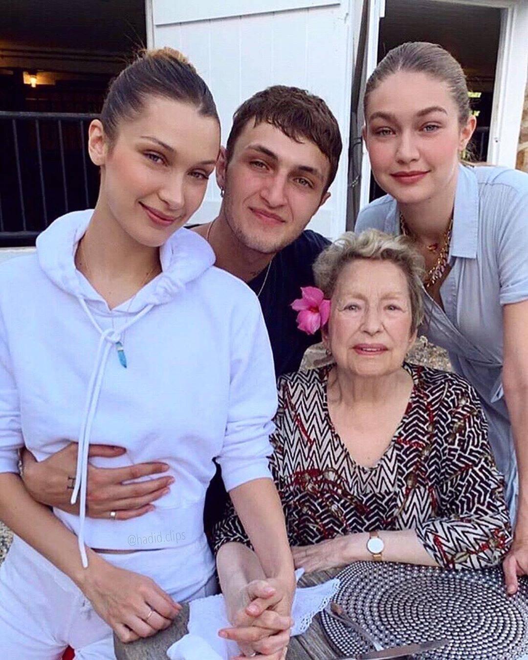 """""""Sempre con noi"""", l'addio di Gigi e Bella Hadid alla nonna"""