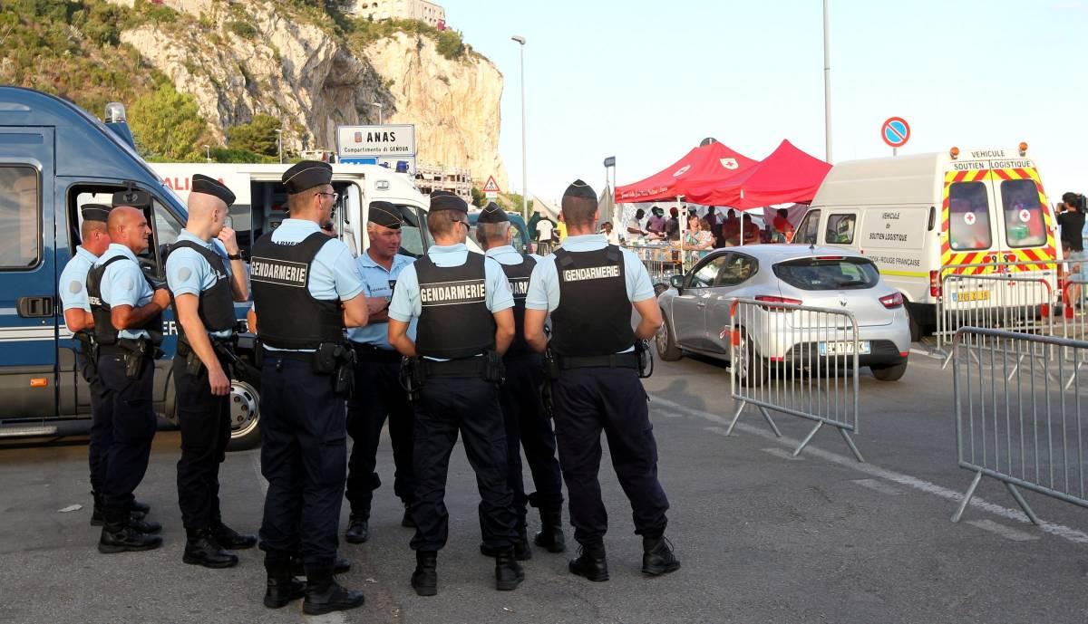 """Le """"brigate miste"""" per controllare il confine tra l'Italia e la Francia"""