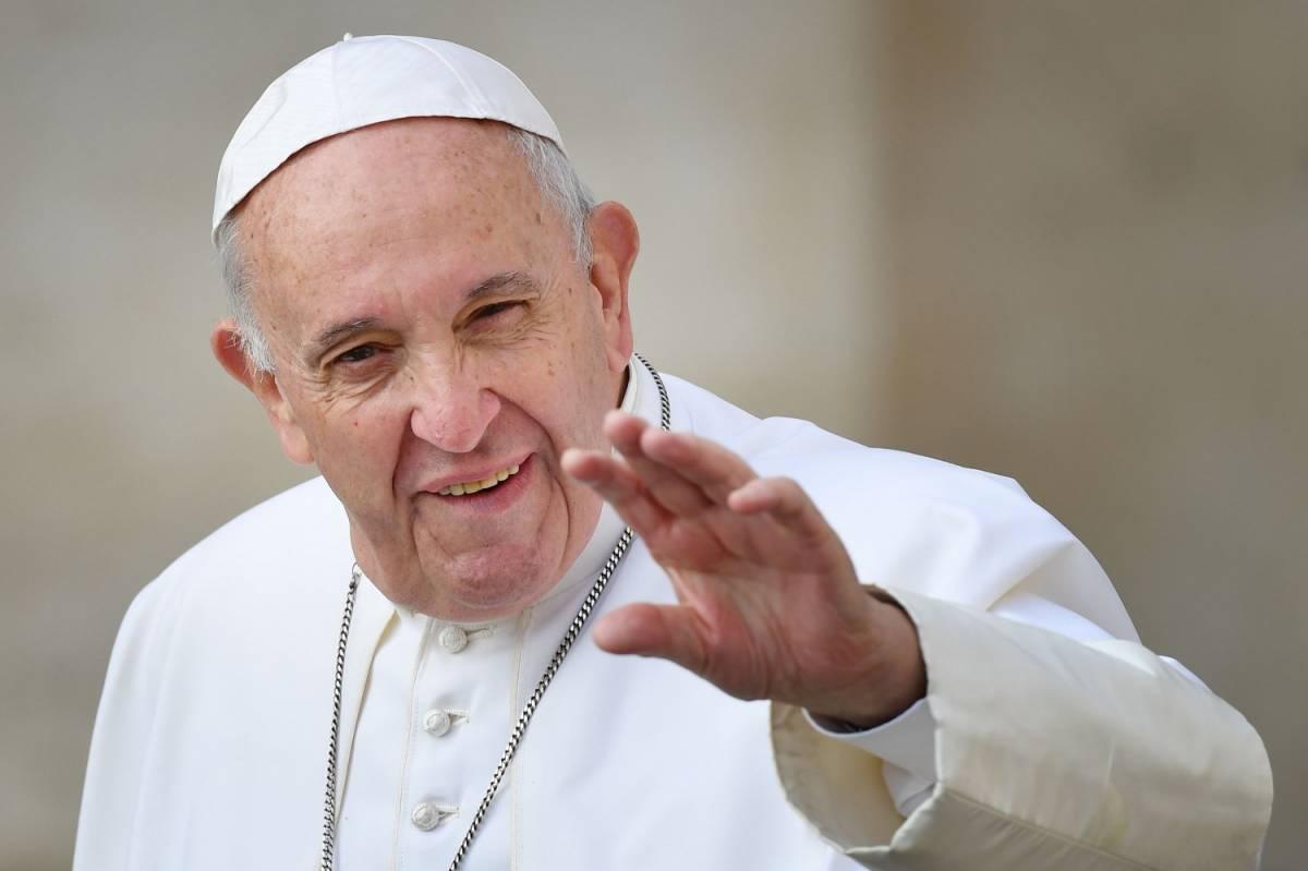 """Papa Francesco alla Fao: """"Cambiare abitudini per combattere malnutrizione"""""""
