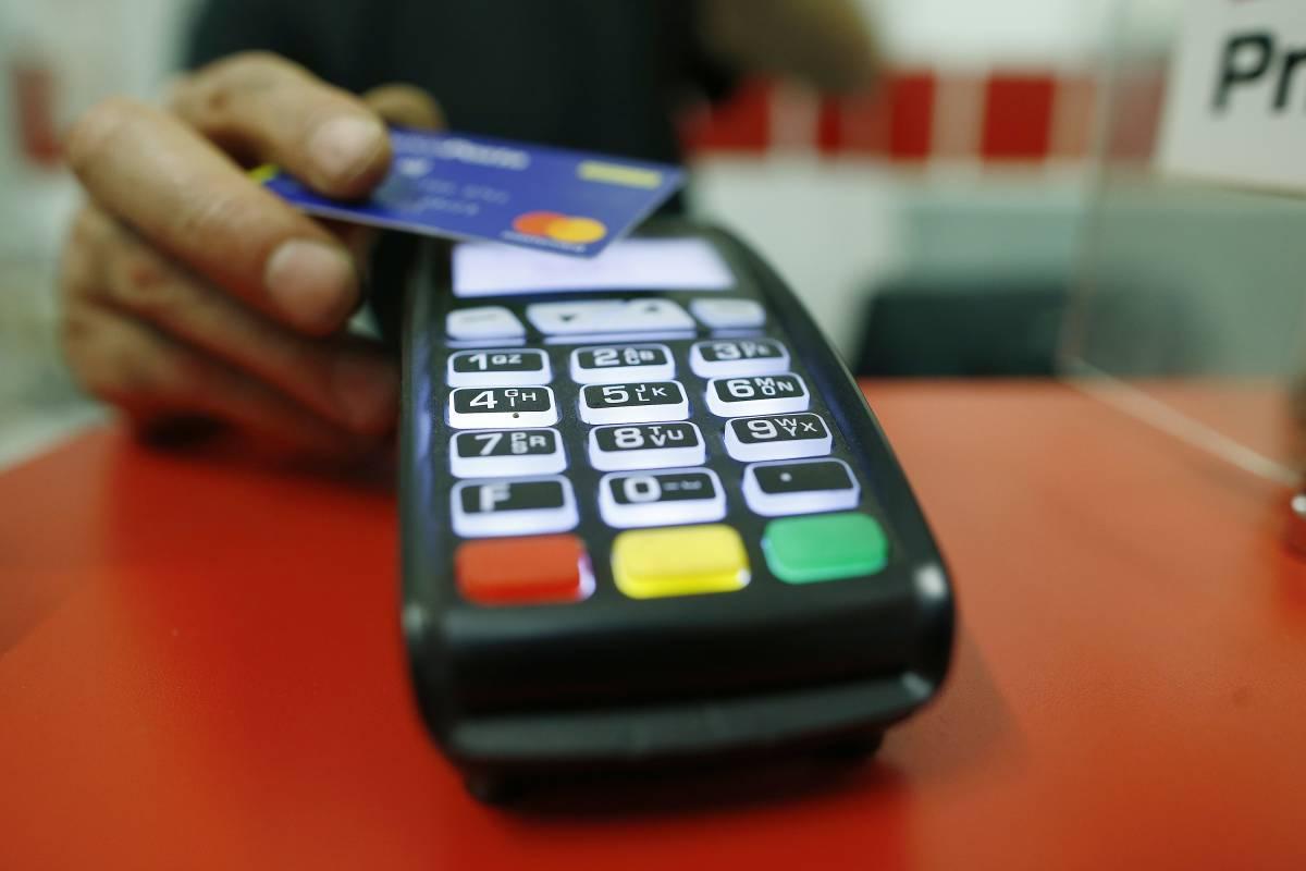 Spese sanitarie detraibili: quali pagare in contanti e quali con carta