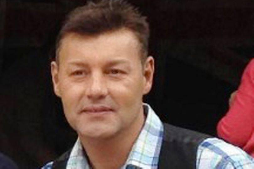 In foto, Darren Hickey, il 51enne morto per soffocamento