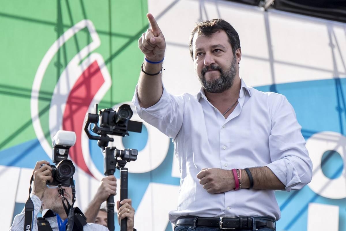 """""""Eviti di venire"""", """"Un mio diritto"""". E ora l'Anpi vuole zittire Salvini"""
