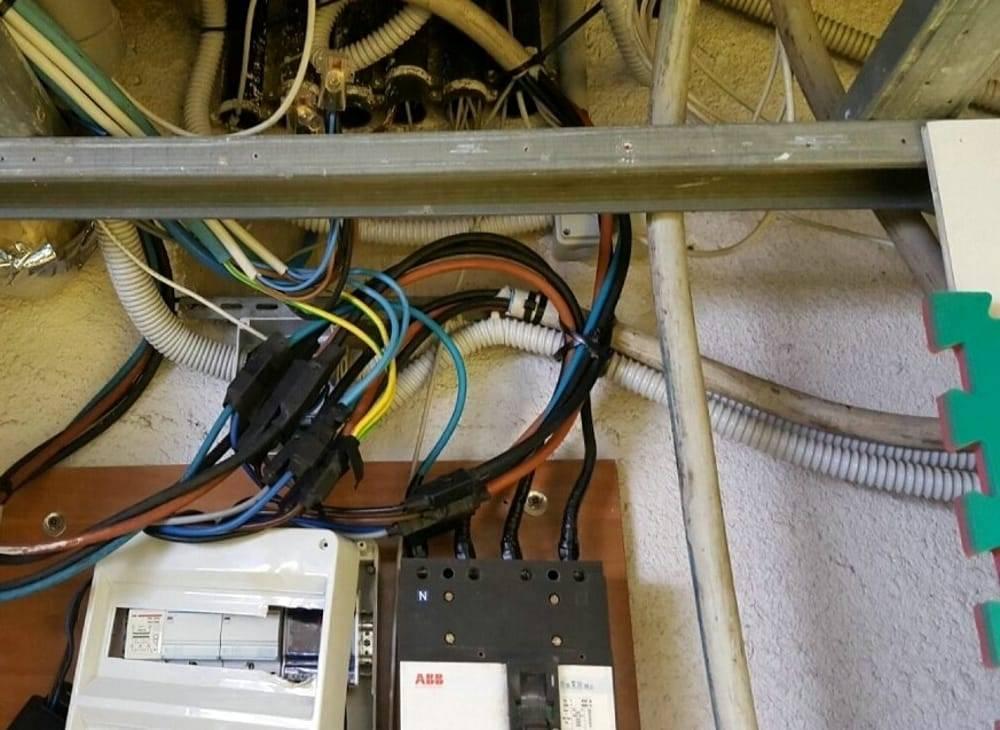 Ladri di corrente elettrica a Corviale, furto per 76mila euro