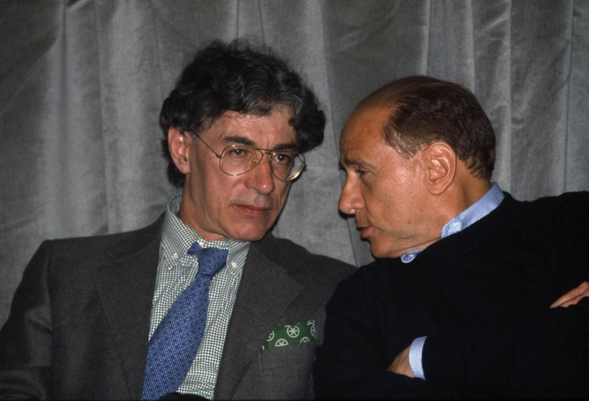 """Gli auguri di Berlusconi per gli 80 anni di Bossi: """"Visionario, ha cambiato la storia"""""""
