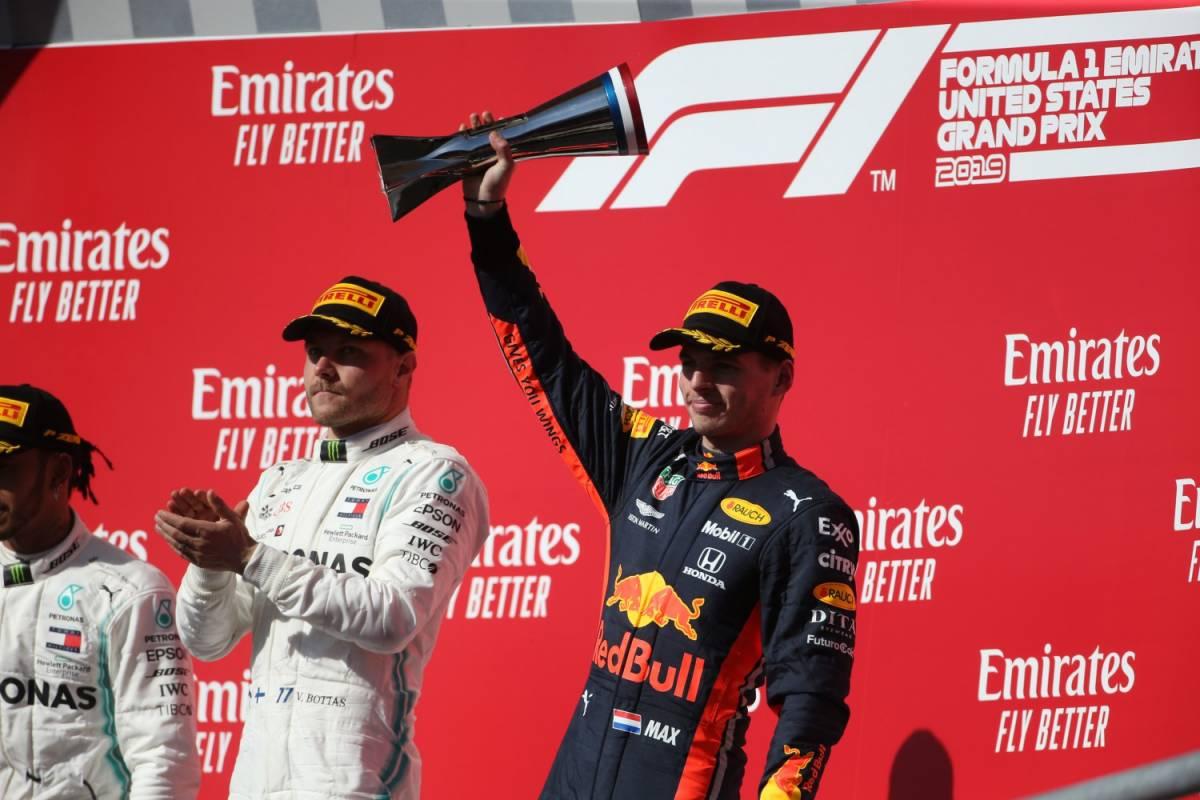 """Formula Uno, Verstappen: """"La Ferrari in difficoltà? Ha smesso di barare"""""""