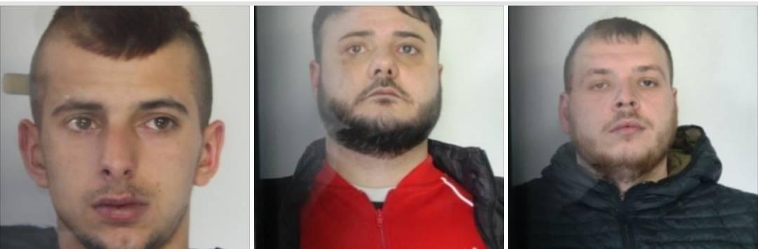 Poliziotti aggrediti a Catania: scatta un arresto