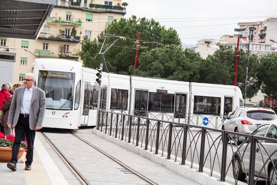 Accordo fatto per manutenzione e stipendi: i tram non si fermano
