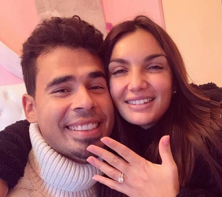 """Elettra Lamborghini mostra l'anello sui social: """"Mi sposo"""""""