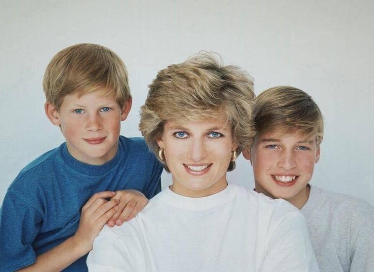 """Dopo anni di silenzio spunta la verità: """"Lady Diana licenziò la tata per gelosia"""""""