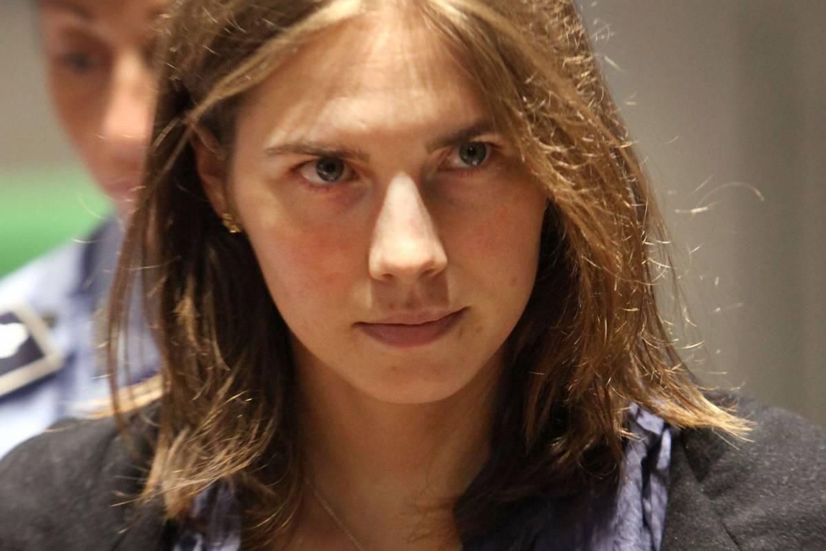 """""""Una storia horror? Studiare in Italia"""", Amanda Knox di nuovo nella bufera"""