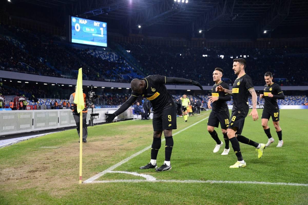L'Inter risponde alla Juventus: i nerazzurri battono 3-1 il Napoli a domicilio