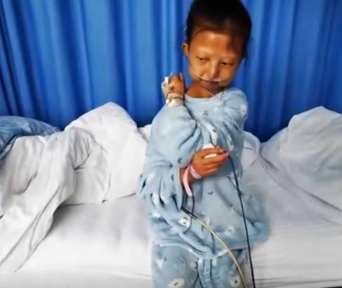 Cina, muore a 24 anni per malnutrizione: per aiutare il fratello campava con 26 centesimi al giorno