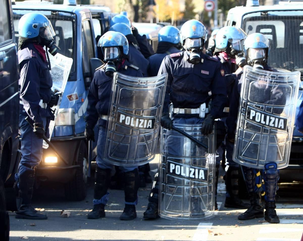 """L'ira della polizia su Lamorgese: """"Il 15 sarà caos"""""""