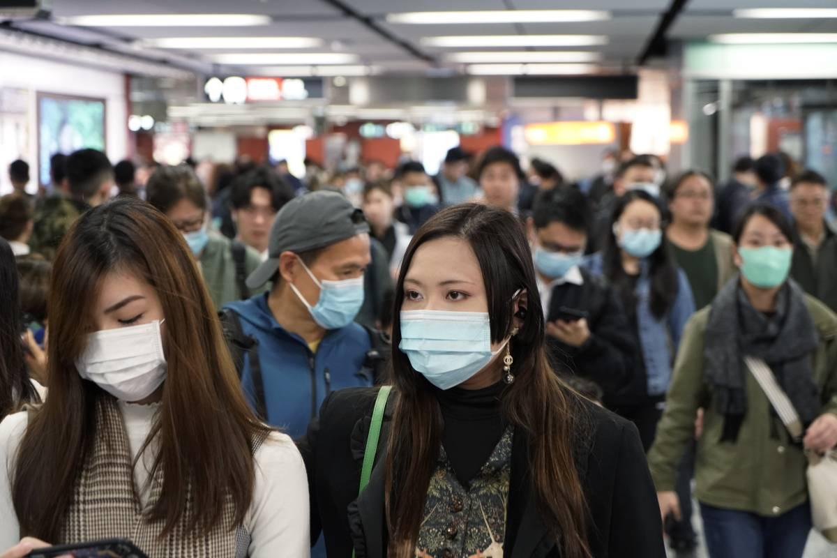 Virus Cina, 80 morti. Farnesina lavora a piano per evacuare gli italiani