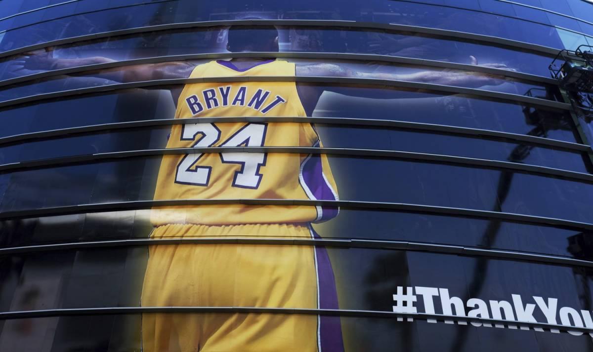 Si schianta con l'elicoterro: Kobe Bryant muore a 41 anni