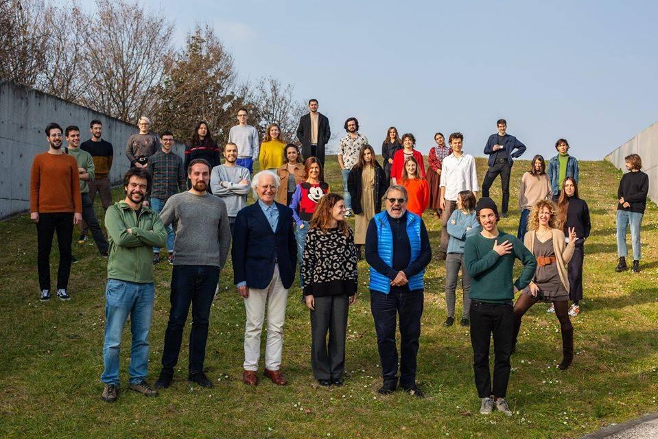 """Prima scissione per le Sardine: """"Foto con Benetton ingiustificabile"""""""