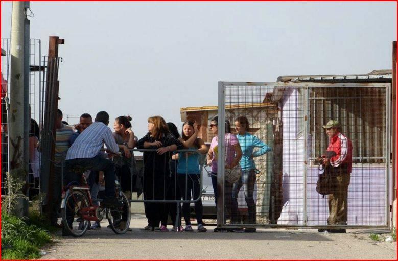 Container sgomberati a Foggia: nuovi alloggi per le famiglie