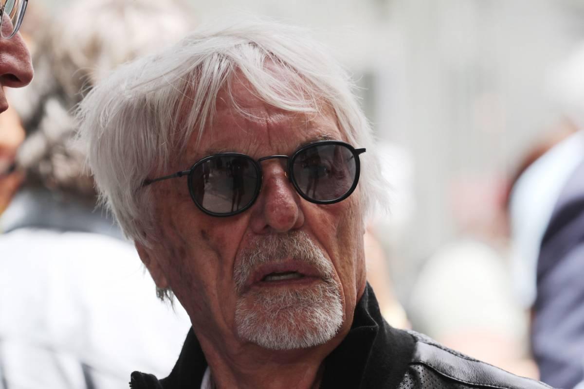 """""""Buon compleanno F1, ti ho visto nascere. Da 70 anni regali eroi e con te si va sulla Luna. Ma ringrazia la Ferrari"""""""