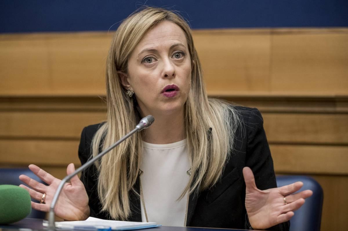 """Giorgia Meloni attacca Conte: """"Deriva autoritaria e liberticida"""""""