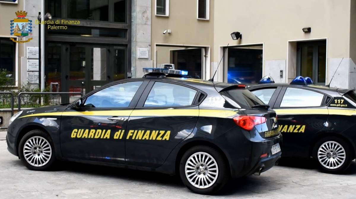 Più di 100 'ndranghetisti  col reddito di cittadinanza: la truffa scoperta da Gdf