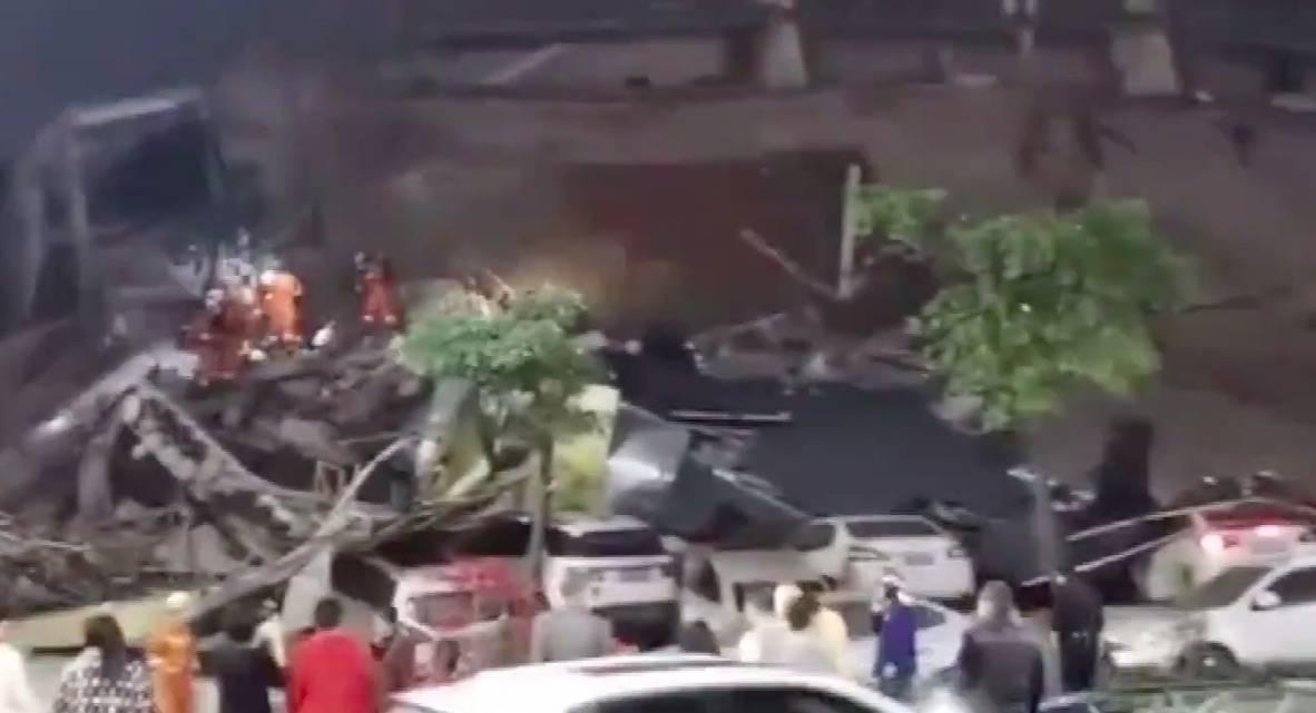Cina, crolla hotel usato per la quarantena: persone sotto le macerie