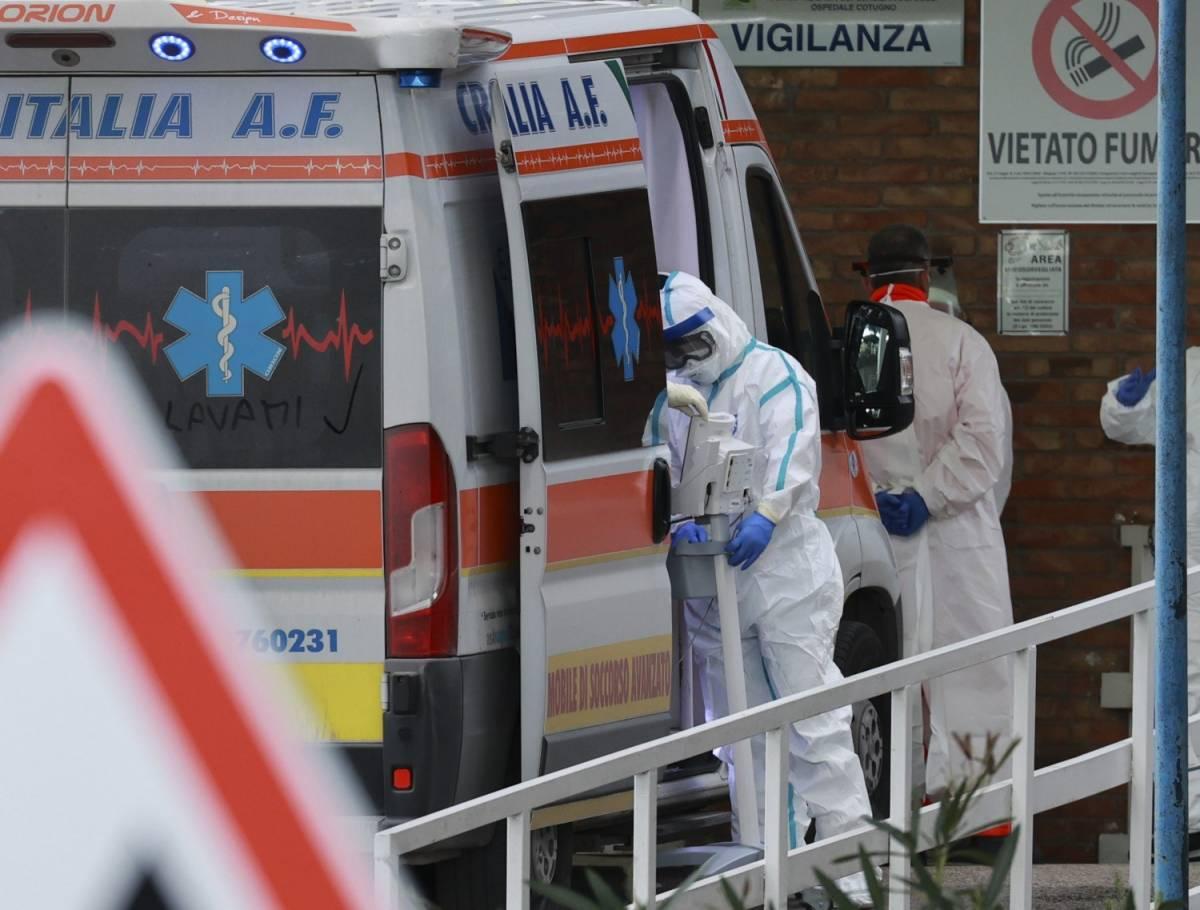 """Chi rischia davvero con il coronavirus: ecco tutte le patologie """"fatali"""""""