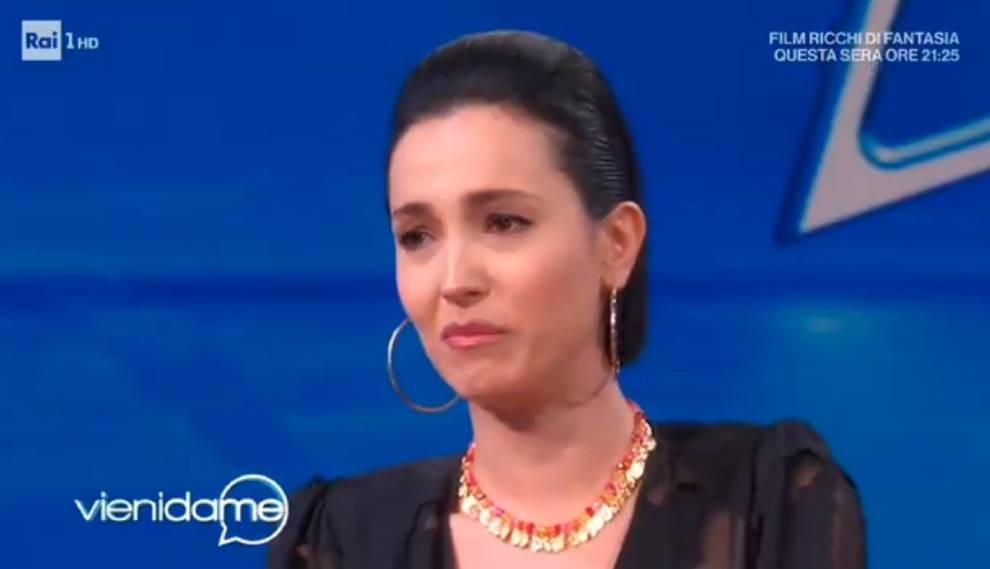 """Caterina Balivo sullo stop di Vieni da me: """"Sono crollata, non ce la facevo più"""""""