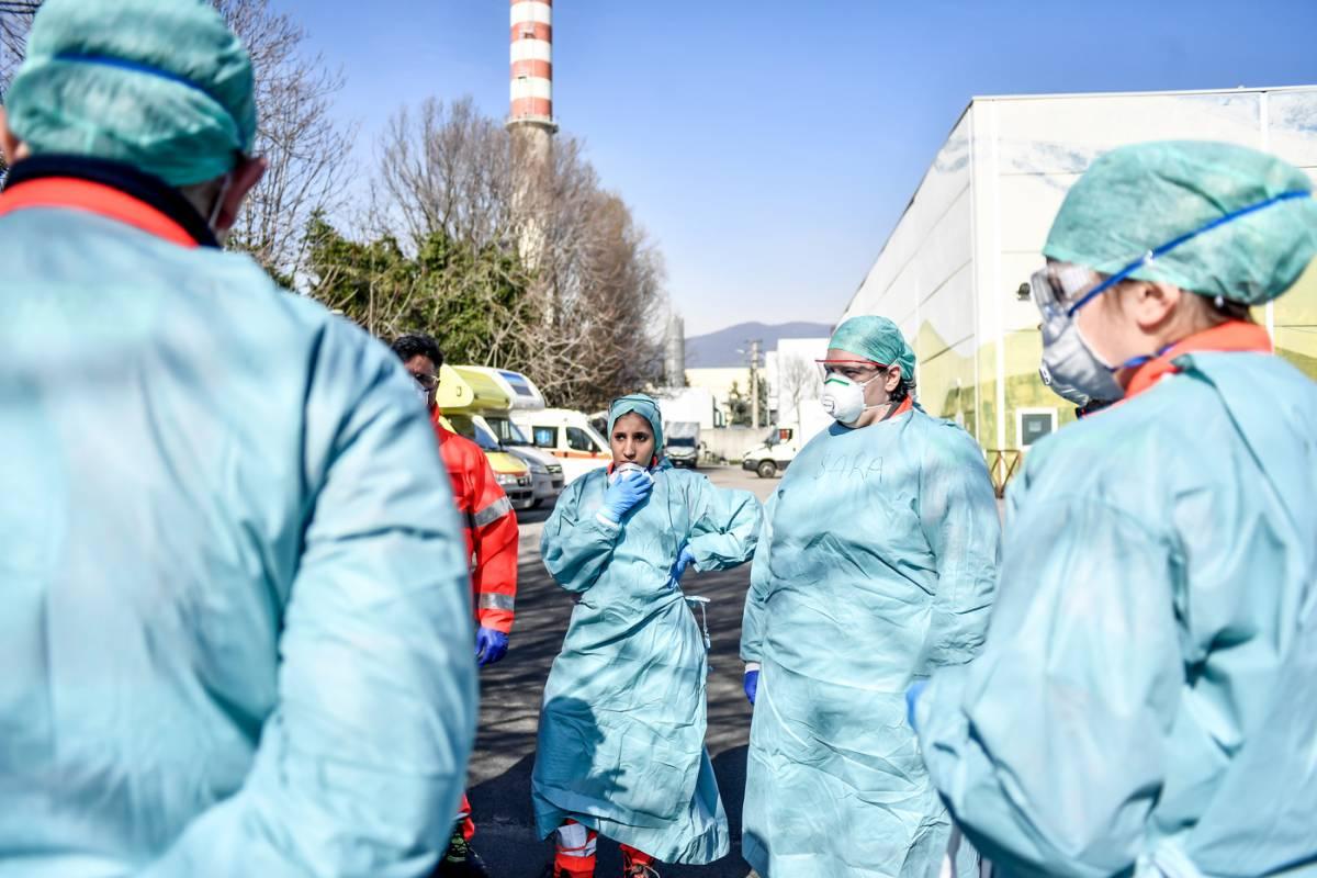 Pochi medici, ospedali in crisi In corsia arrivano i neolaureati