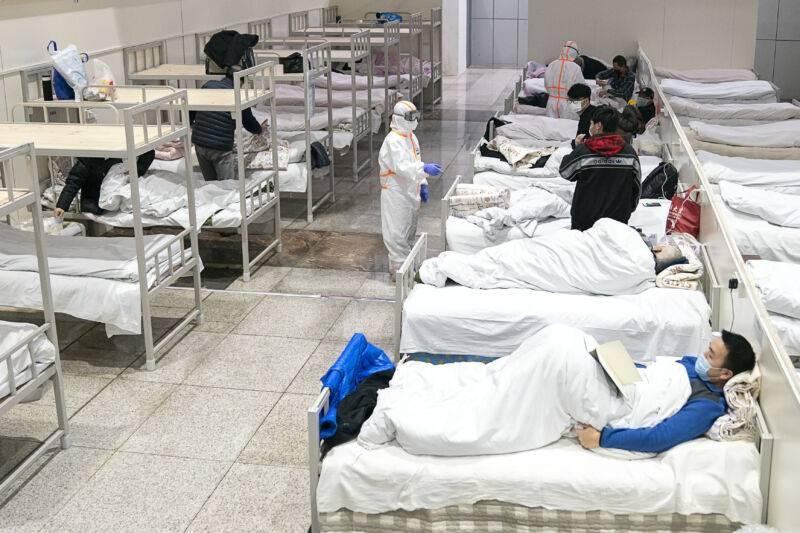 """Una dottoressa di Wuhan:  """"A dicembre ho dato l'allarme,  mi hanno messa a tacere"""""""