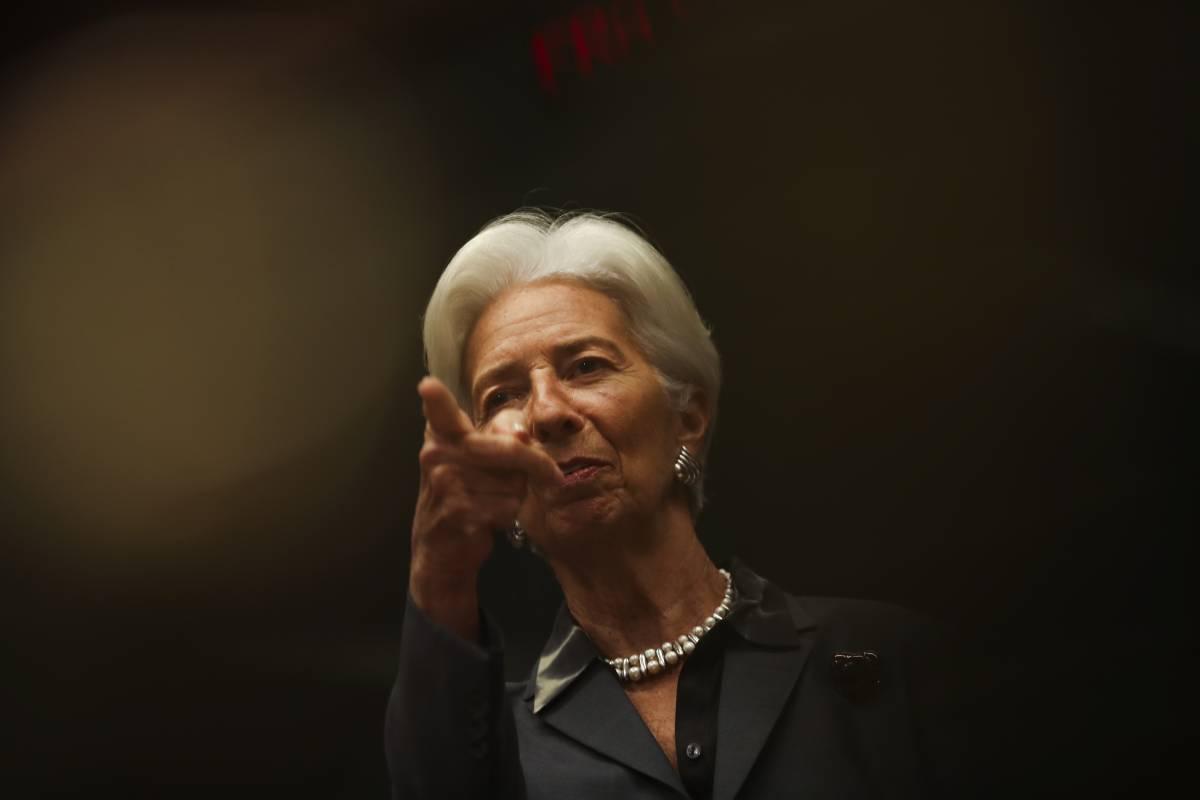 """La Lagarde tira dritto: """"L'euro è irreversibile, ma va cambiato Patto di Stabilità"""""""