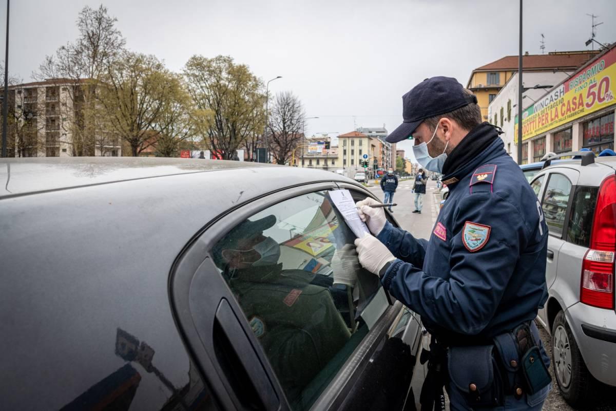 L'ordinanza della Lombardia: librerie e cartolerie rimangono chiuse