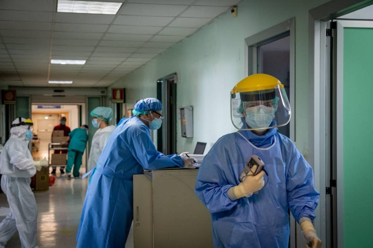 """Gli anestesisti rilanciano. """"Ora contratti ai giovani e più terapie intensive"""""""