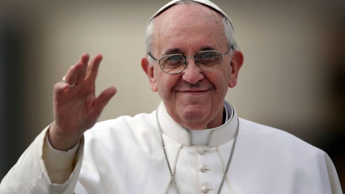Papa Francesco licenza 5 funzionari senza aspettare il processo