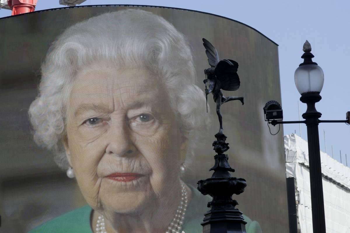 Regina Elisabetta, il party per il compleanno sarà virtuale