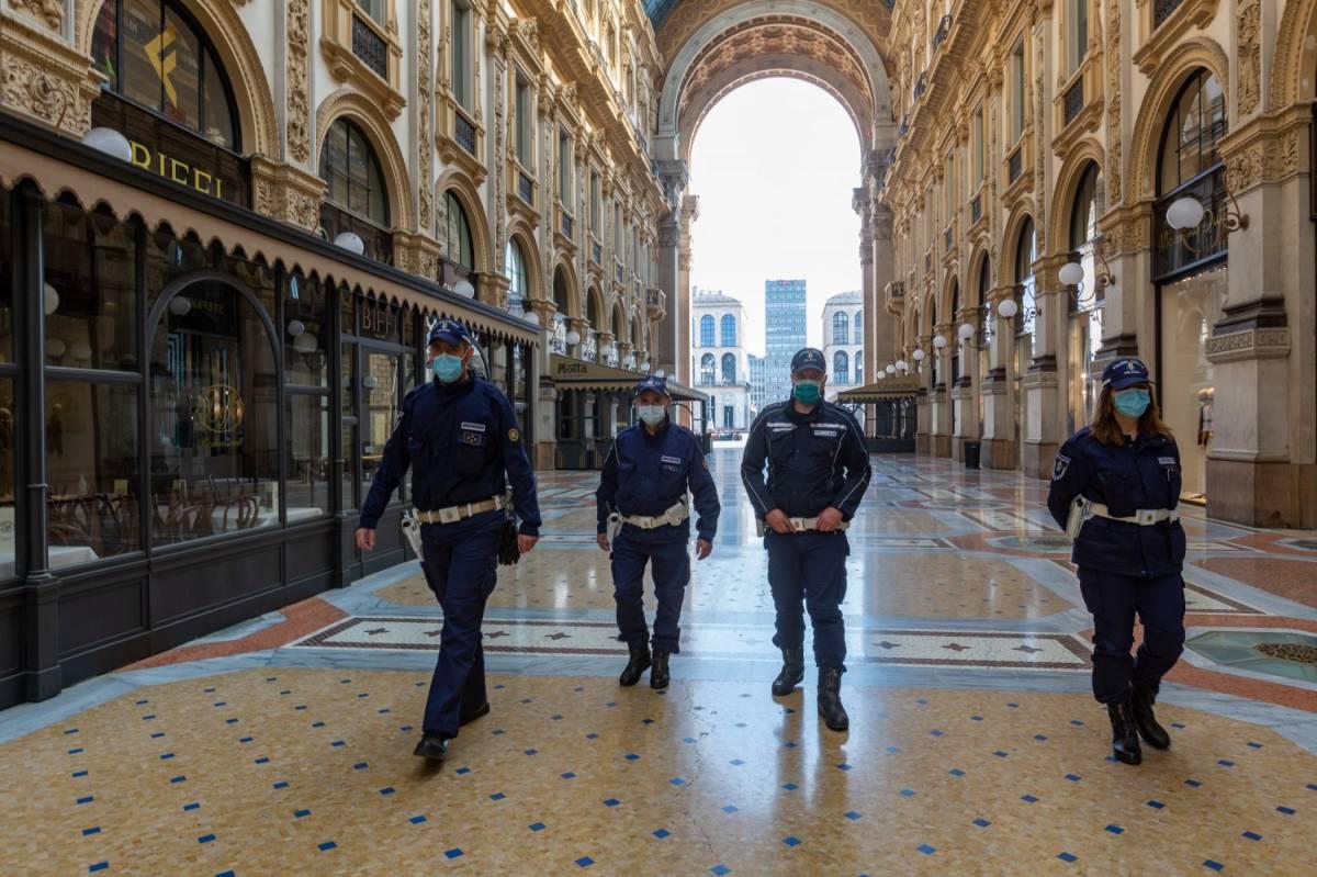 """Auto a 30 all'ora e parcheggi: la nuova Milano della """"Fase 2"""""""