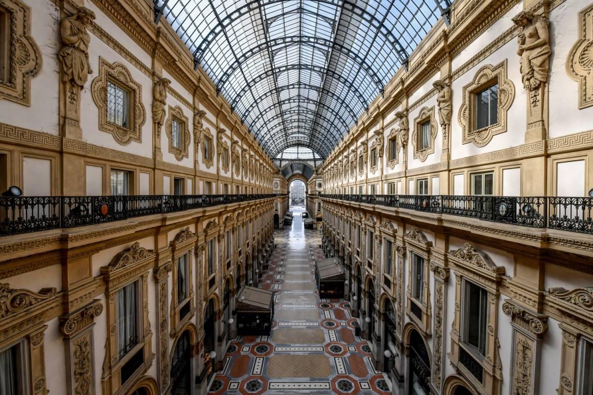 """La resa della Galleria: """"Suicidio aprire così"""""""