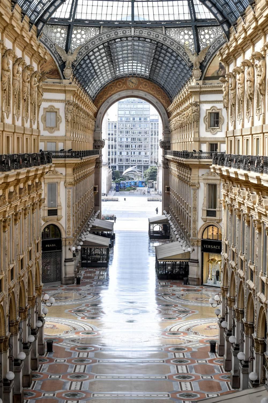 """Senza turisti e """"business""""  la Galleria non vuole riaprire"""